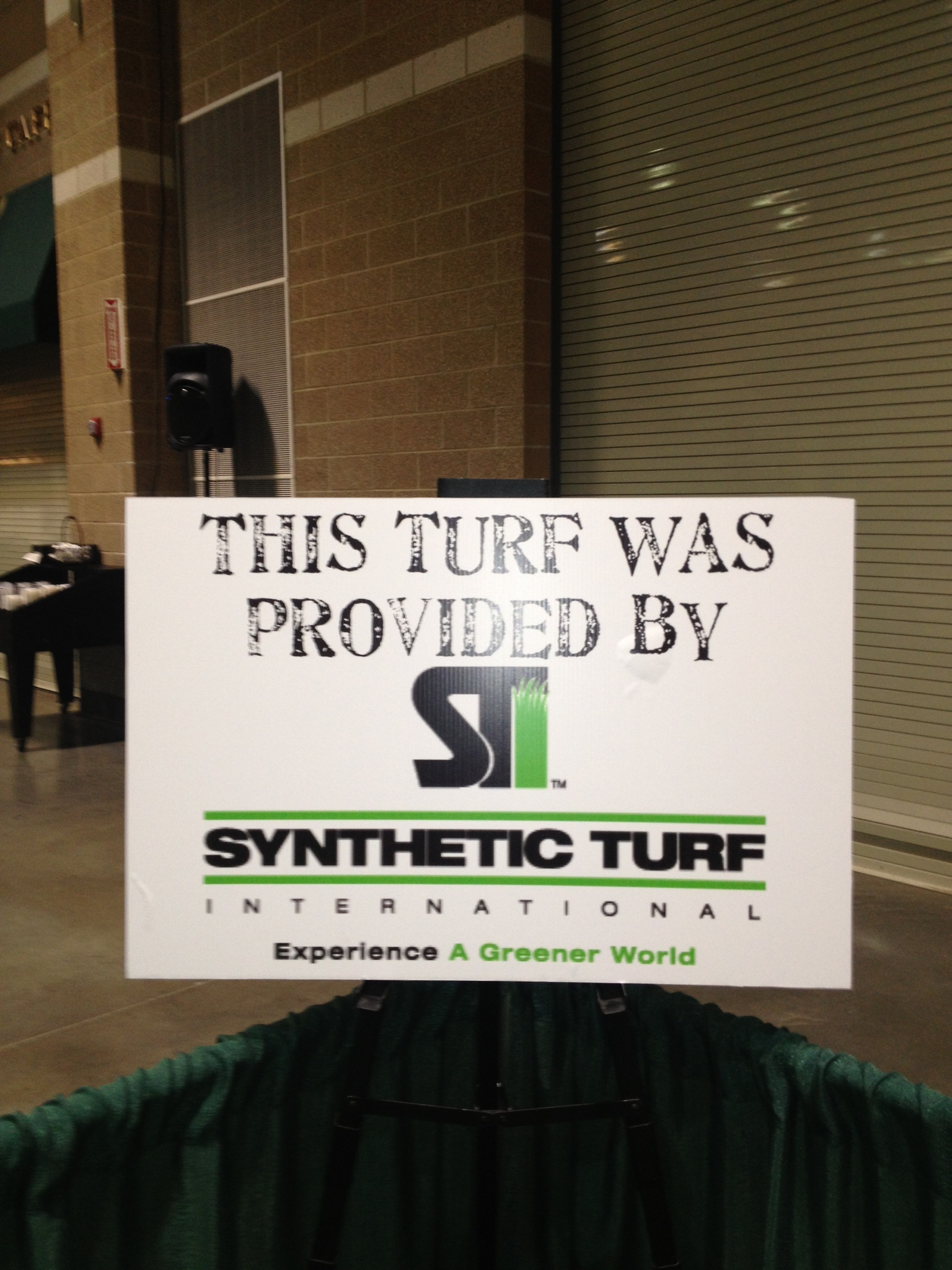 Synthetic Turf International Partners with Amazing Pet Expo